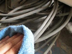 ケーブル 清掃