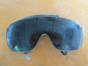遮光メガネ